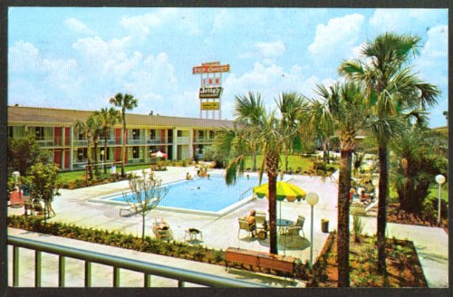 Pool + Altamonte Springs Inn Orlando FL postcard 1975 (The 1975 Postcard)