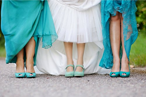 Wedding Day Survival Kit for Bridal Shoes - Perfect Gifts for the Bride, Maid of Honor, and Bridesmaids by Zoomie's (Image #3)
