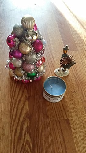 Holiday Scented Candle Holiday ()