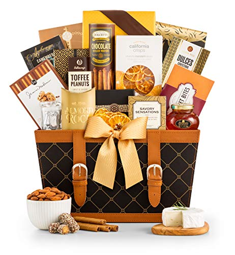 GiftTree Golden Gourmet Gift Basket | Enjoy Caramel Stroopwafel, Chocolate Chip Cookies, Honey Roasted Peanuts, White Cheddar Popcorn, Peanut Brittle & More | Birthday, Thank You, Sympathy Gift