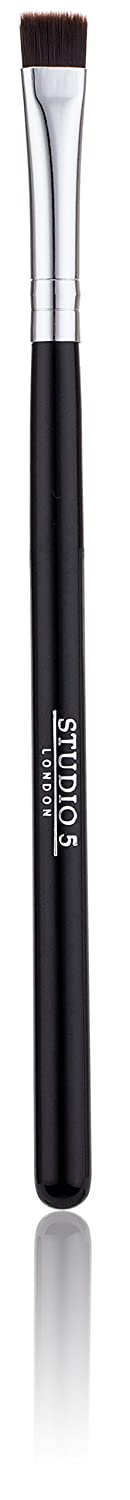 Flat Definer Makeup Brush by Studio 5 Cosmetics. Can use for Precision Applications along the Lashlines. Synthetic Bristles for use with Powder, Gel or Creams.