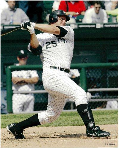- Jim Thome Chicago White Sox Unsigned Baseball Photo 1