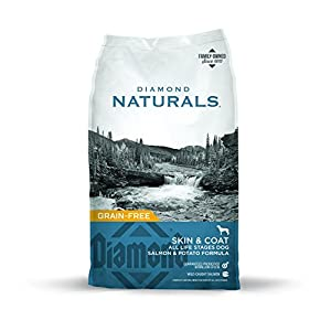 Diamond Naturals Skin & Coat Real Meat Recipe Natural Dry Dog Food with Wild Caught Salmon 30lb 32