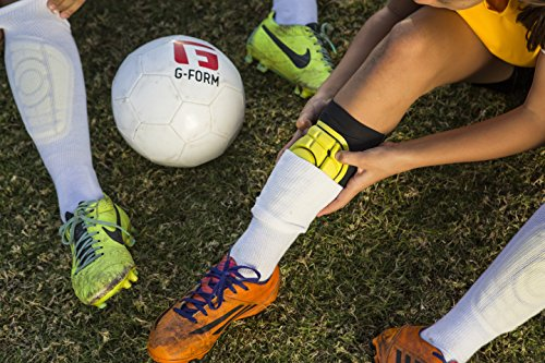 G-Form Youth Pro-S Compact Shin Guards for Football Shin Pads ... bdf806e26c