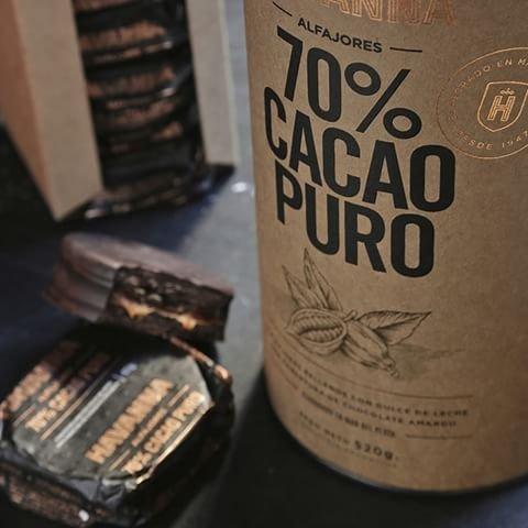 Amazon.com : Alfajores Havanna 70 % Cacao Puro rellenos de dulce de leche - Lata/ Can x 8 : Grocery & Gourmet Food
