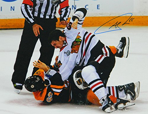 Andrew Shaw Signed Chicago Blackhawks 2013 Stanley Cup Finals Fight 11x14 Photo