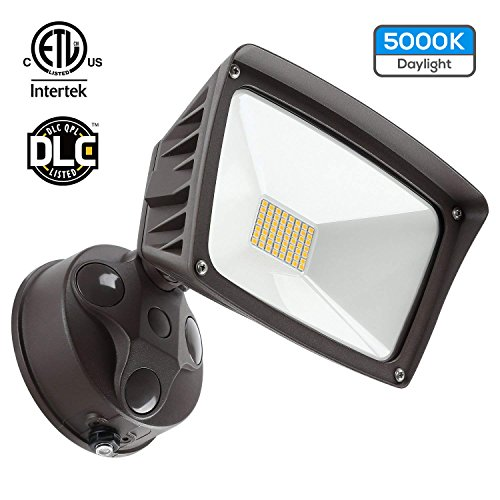 Dusk-to-Dawn LED Outdoor Flood Light (Photocell Included), 3400lm Ultra-Bright Waterproof Security Floodlight, 28W (220W Equiv.), DLC and ETL-Listed Exterior Lighting for Yard Porch, 5000K Daylight (Floodlight Fixture)