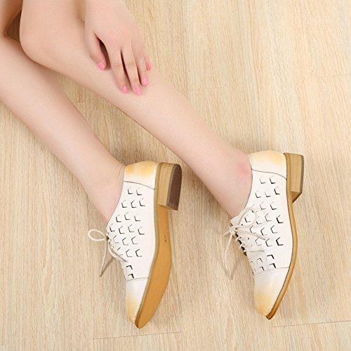 T-juli Kvinna Mode Oxfords Skor - Spets-up Låg Klack Bekväm Genombrutna Skor Vita