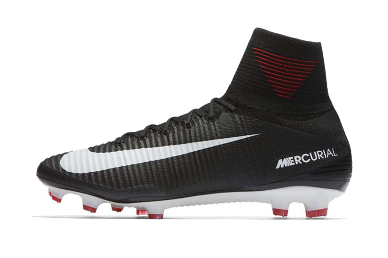Nike Men's Mercurial Superfly FG Soccer Cleat (Sz. 7.5) Black
