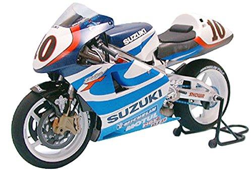 Tamiya 1/12 Motorcycle   Model Building Kits   No.81 SUZUKI RGV-ƒ¡ XR89 14081 [ Japanese Import ] from タミヤ(TAMIYA)
