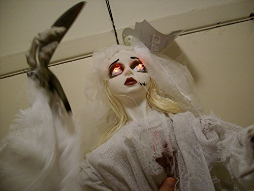 [ANIMATED HANGING GOTHIC GHOST GIRL.] (Hanging Slashing Zombie)