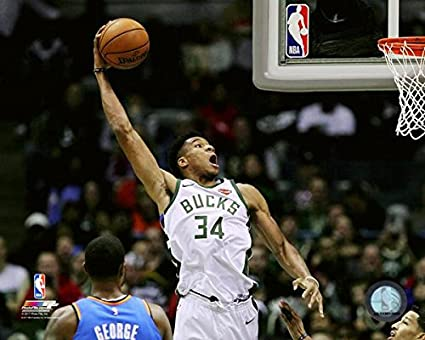 18b77ba5b4ee Milwaukee Bucks Giannis Antetokounmpo