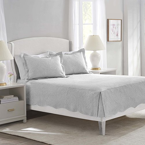 Nostalgia Home Bridget Quilt, Queen, Dove Grey