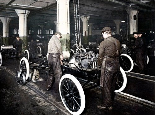 ConversationPrints FORD ASSEMBLY LINE GLOSSY POSTER PICTURE PHOTO BANNER cars henry model t