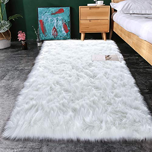Noahas Luxury Fluffy Rugs Bedroom Furry Carpet Bedside Sheepskin Area Rugs Children Play Princess Room Decor Rug, 2.3ft x 5ft, White