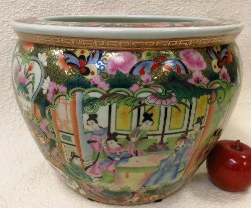 Rose Canton Chinese Porcelain Fish Bowl 12'' by BlueWhiteVases