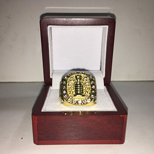 Montreal Canadiens Guy Lafleur High Quality Replica 1979 Stanley Cup Championship Ring Size 10.5-Gold Colored