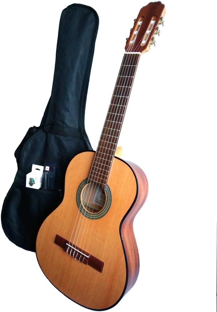 MARCE PACK NIÑOS - Guitarra Clasica de estudio 3/4 (caja armónica de madera de Sapelly, un perfil en negro, diapasón madera tintado. Tamaño niño) + Funda nylon+ afinador cromático digital + cejilla