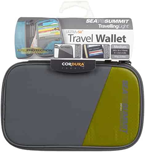0d1288ea6 Shopping Greens -  25 to  50 - Travel Wallets - Travel Accessories ...