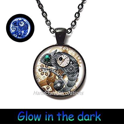 14d69df2704 Amazon.com   HandcraftDecorations Green Eye Lizard Glowing Necklace ...