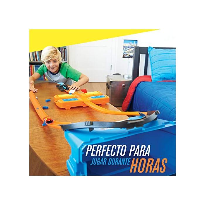 5137C2gW7eL Edad: 6+ Conecta las pistas de Hot Wheels y activa la creatividad de tu hijo y su capacidad de enfrentarse a un reto. El único límite es su imaginación La Caja de acrobacias de Hot Wheels permite construir todo un mundo de pistas o ampliar las pistas que ya tienes