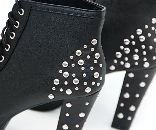 Vain Secrets© Stiefeletten in Schwarz Matt mit Silber Nieten
