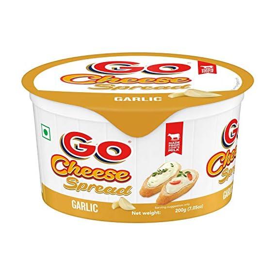 GO Cheese Spread Tub Garlic Jar, 200 g