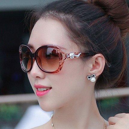 nouveau cycle des lunettes de soleil madame le visage rond korean rétro - yeux star des lunettes des lunettes de soleil la marée deux fleurs brun (tissu)