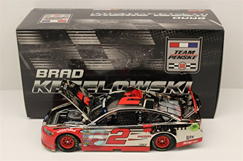 Lionel Racing CX26821WUBWCL Brad Keselowski #2 Wurth 2016 Ford Fusion Chrome ARC HOTO NASCAR Official Diecast Vehicle (1:24 - Scale Paint Special 24