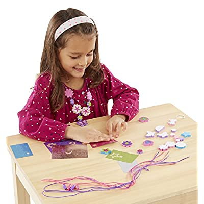 Melissa & Doug 19504 Mess-Free Glitter Foam Beads Craft Kit: 20 Beads, 6 Glitter Sheets, 4 Cords, and 4 Clasps: Toys & Games