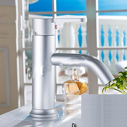 NewBorn Faucet Water Taps Hot And Cold Water Water Tap Single Hole Basin Mixing Valve