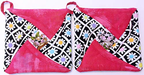 Handmade Reversible Quilted Potholders | Heat Resistant | Kitten Design | Set includes 2 potholders by Oh So Chic Boutique (Image #1)