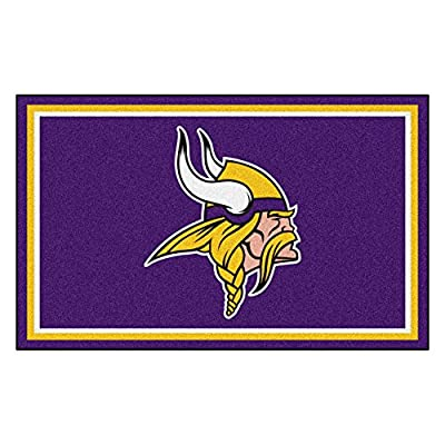 FANMATS NFL Minnesota Vikings Nylon Face 4X6 Plush Rug
