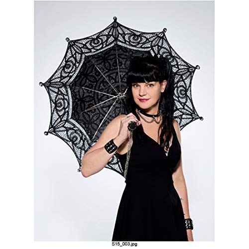 Pauley Perrette 8 Inch x 10 Inch PHOTOGRAPH NCIS (TV Series 2003) looking stunning with black