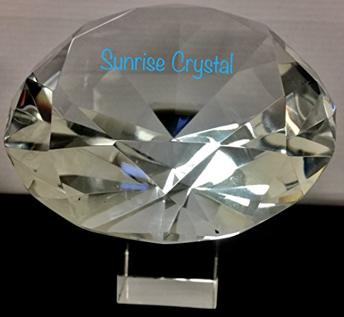 (Stunning Sparkling Crystal Diamond Shaped Centerpieces Decorations Treasure Gems Paperweight Come with Crystal Stand and Gift Box.by Sunrise Crystal (120MM/5INCH, Clear))