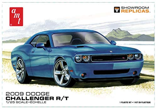 AMT 1117 2009 Dodge Challenger R/T 1:25 Scale Plastic Model Kit - Requires Assembly ()