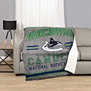NHL 53544-FLE-125A-VANC Vancouver Canucks Superluxe Sherpa Throw