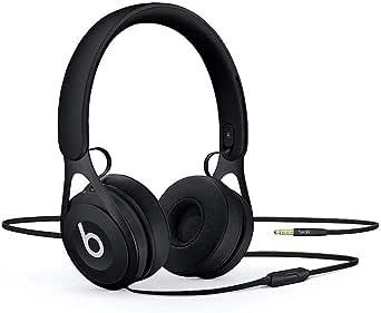 De kabelanslutna on-ear-hörlurarna BeatsEP – batterifria för obegränsad lyssning samt med inbyggd mikrofon och inbyggda reglage - Svarta