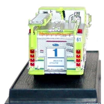 Pierce Quantum Pumper Fire Truck Diecast 1:64 Model (Amercom GB-8): Toys & Games