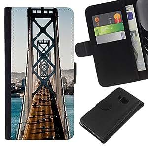 Planetar® Modelo colorido cuero carpeta tirón caso cubierta piel Holster Funda protección Para HTC One M9 ( Architecture San Francisco Bridge Traffic )