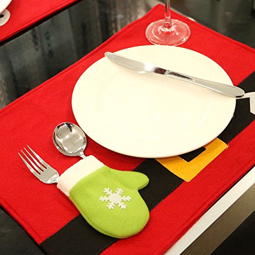 MAZIMARK--Xmas Placemat Red Christmas Dinner Table Decor With Glove Shape Cutlery Bag NEW (9555 Oil)