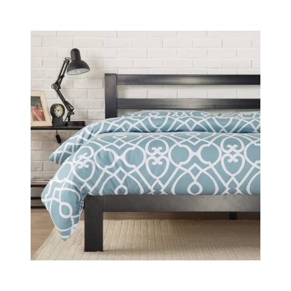 """Zinus Modern Studio 10"""" Metal Platform Bed with Headboard (King) - Twin dimensions: 76.57""""L x 38""""W x 36""""H; weight: 60.91 lbs Full dimensions: 76.57""""L x 54""""W x 36""""H; weight: 84.92 lbs Queen dimensions: 81.57""""L x 60""""W x 36""""H; weight: 92.00 lbs - bedroom-furniture, bedroom, bed-frames - 513EmCwmyKL. SS570  -"""