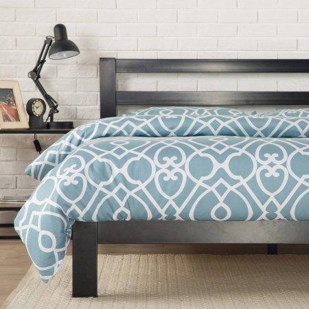 Zinus Modern Studio 10 Metal Platform Bed