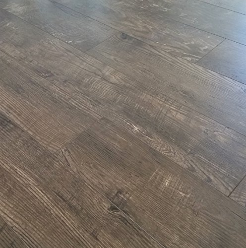 Turtle Bay Floors Awesome Distressed Plank Laminate Flooring 8mm - Boardwalk (500 Square Feet)
