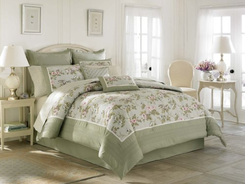 Amazon.com: Laura Ashley Avery Bed in a Bag, Twin: Home & Kitchen