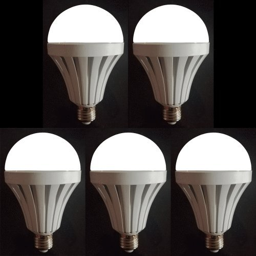 5 Pack Everbright LED, Built-in Backup Battery, Provides Light During Power Outages, 60W Equivalent, A19
