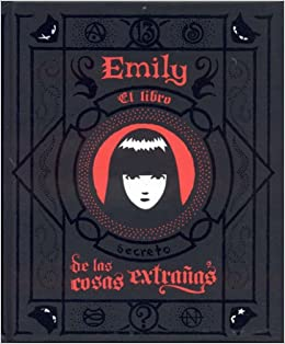 Amazon.com: Emily/El Libro de las Cosas Extranas (Spanish Edition) (9781594971891): Rob Reger, Buzz Parker: Books