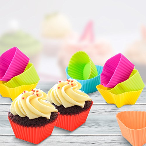 Cake Molds, Zubita 7 in 1 Food Grade Silicone Baking Cups Nonstick Cupcake Mold Heat Resistant Muffin Cups Rose-Shape Star-Shape Triangle Baking Molds ( Assorted Colors )