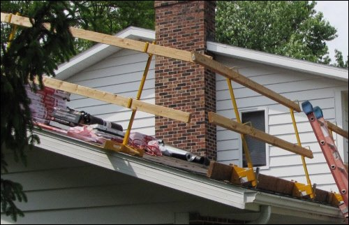 Acro Building Systems Open Edge Guardrail System Bracket and Post