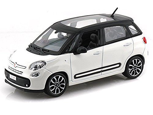 Bburago Fiat 500L 1/24 White by Collectable Diecast